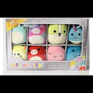 Squishmallows holiday plush ornaments new !!